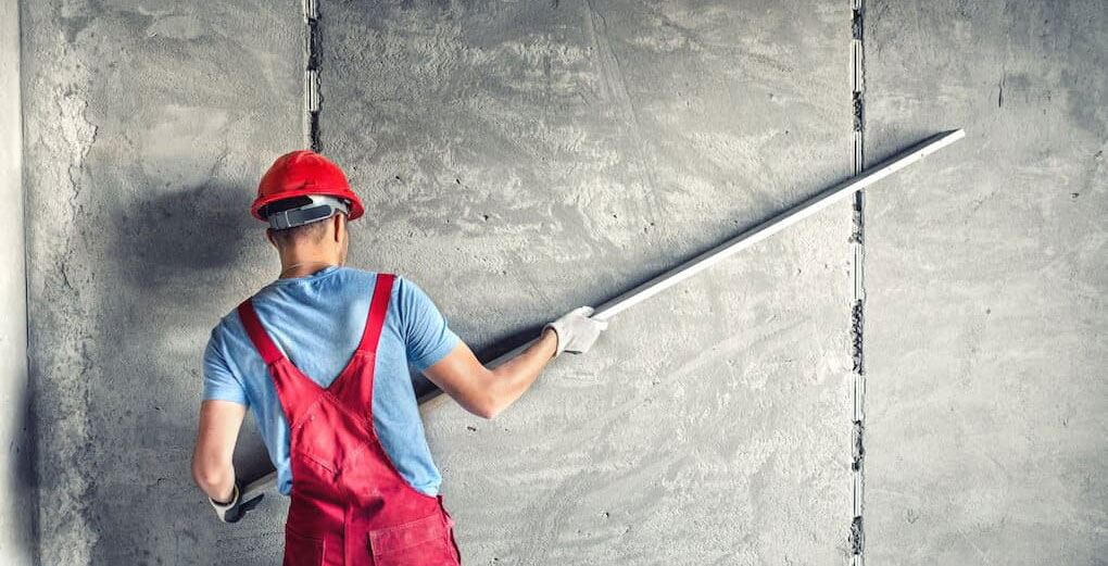 avantaje tencuiala perete si tavan