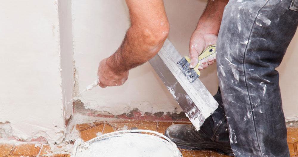 gletuire pereti si tavan in casa