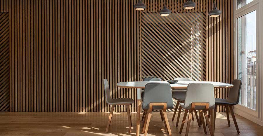 perete decorativ din lemn