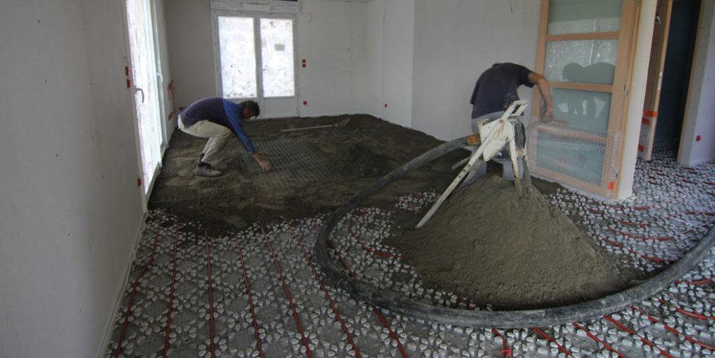 sapa semi-umeda pentru pardoseala unei case