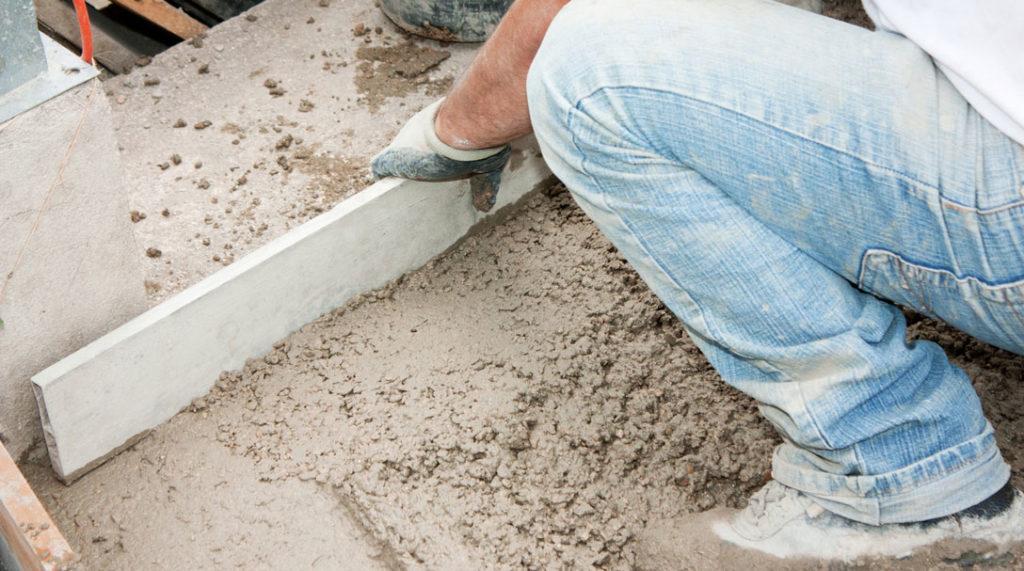 sapa de egalizare din ciment (umed)