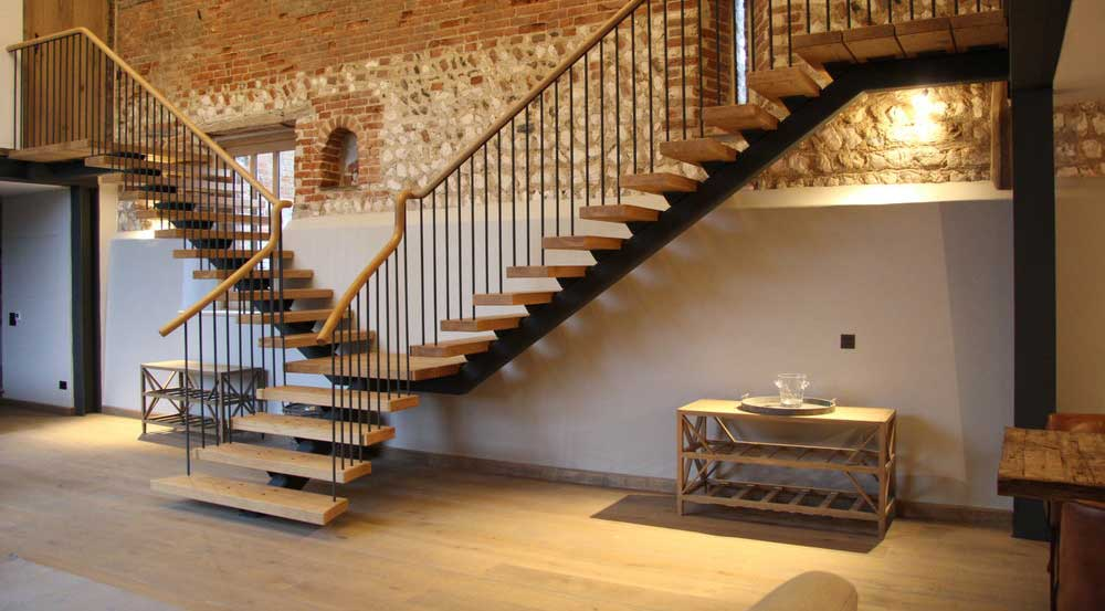 scari de interior in stil modern
