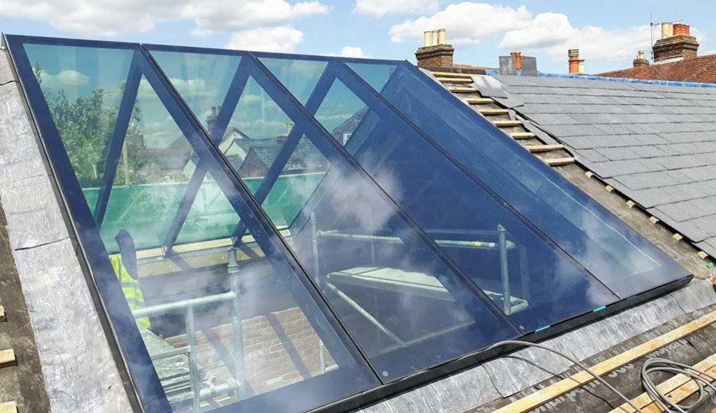 montare acoperis din sticla securizata