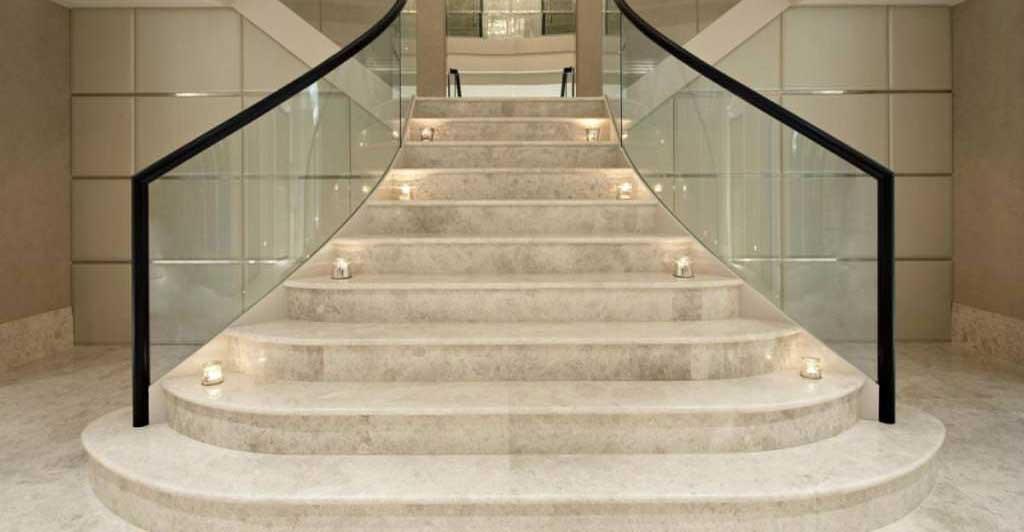 scari interioare din marmura