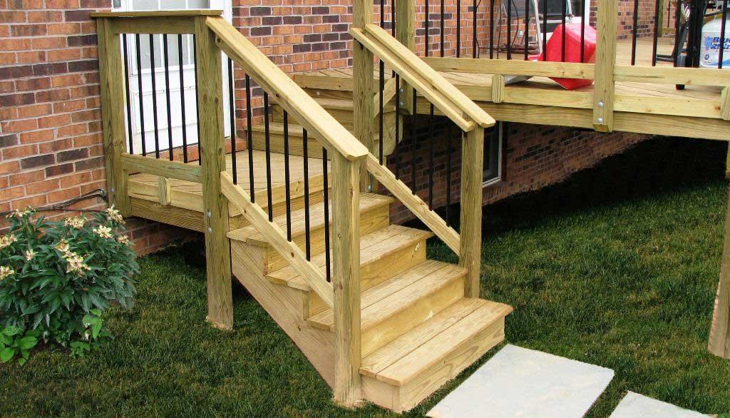 scari lemn pentru exterior
