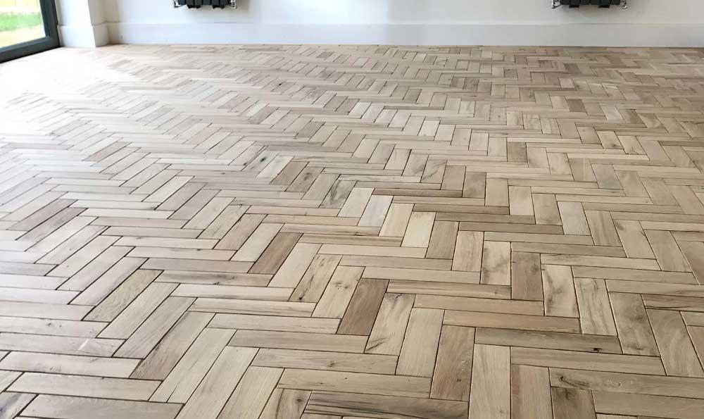 podea din lemn masiv