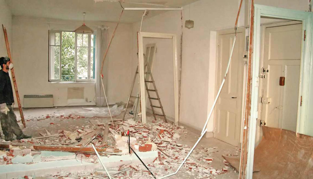 pret renovari interioare