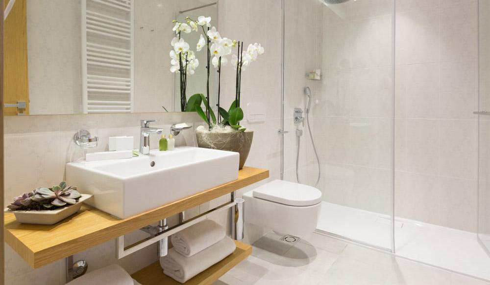 renovare baie apartament
