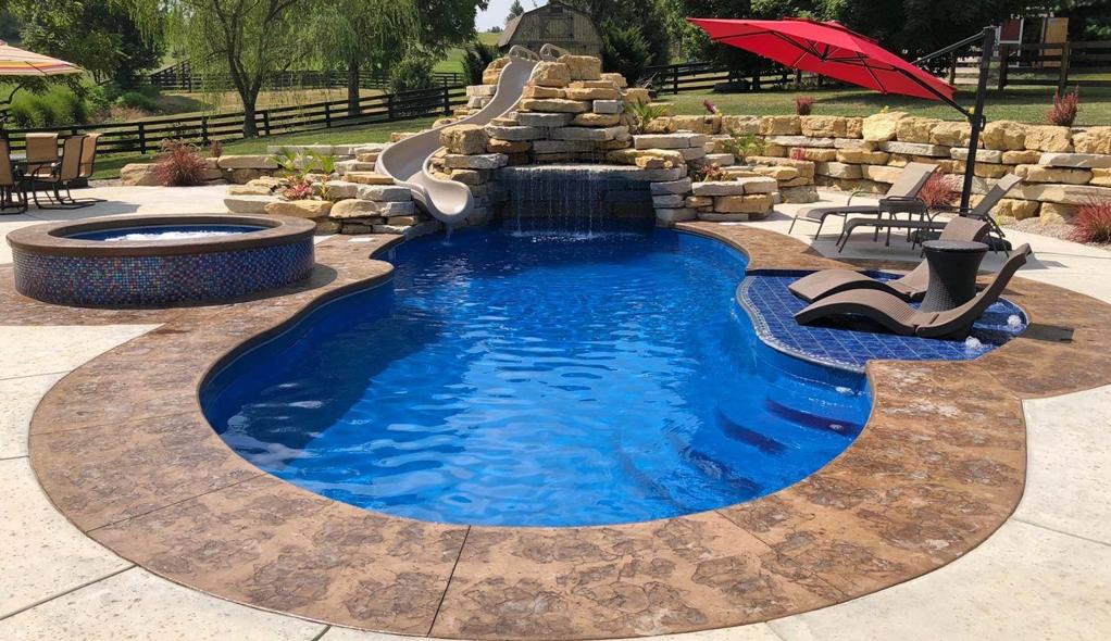 amenajare piscina exterioara