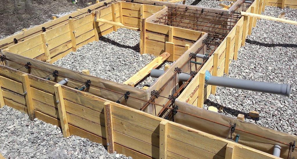 constructie cofraj pentru fundatie casa