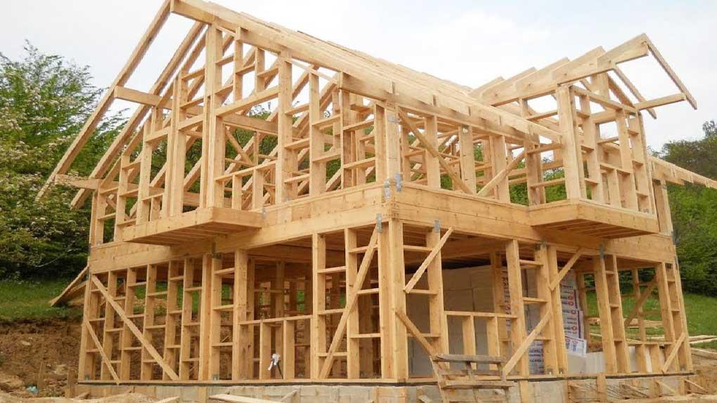 constructie casa pe structura usoara din lemn