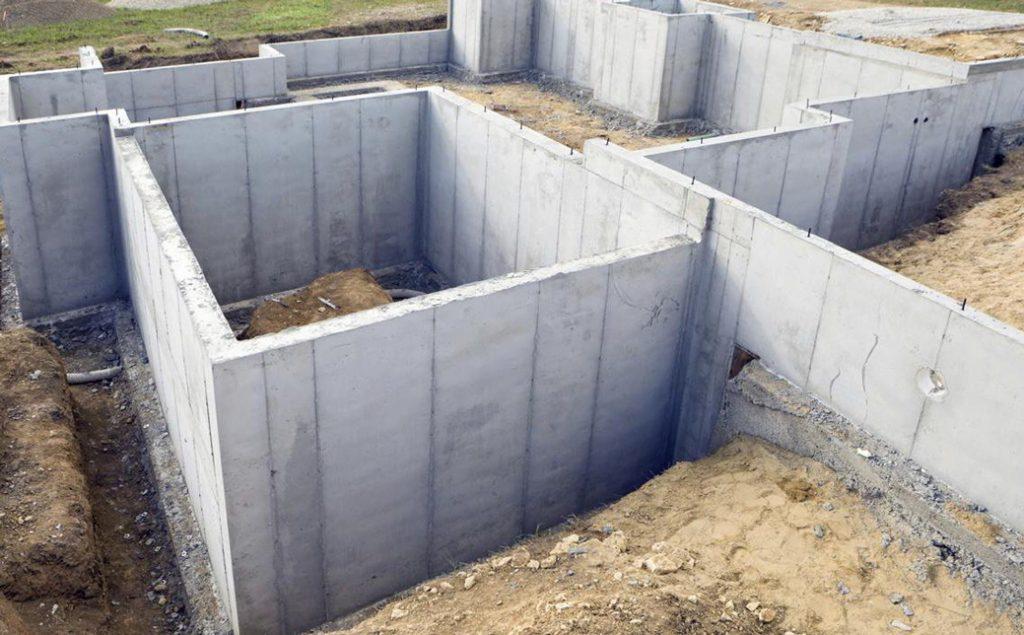 fundatie profunda din beton armat pentru casa cu subsol