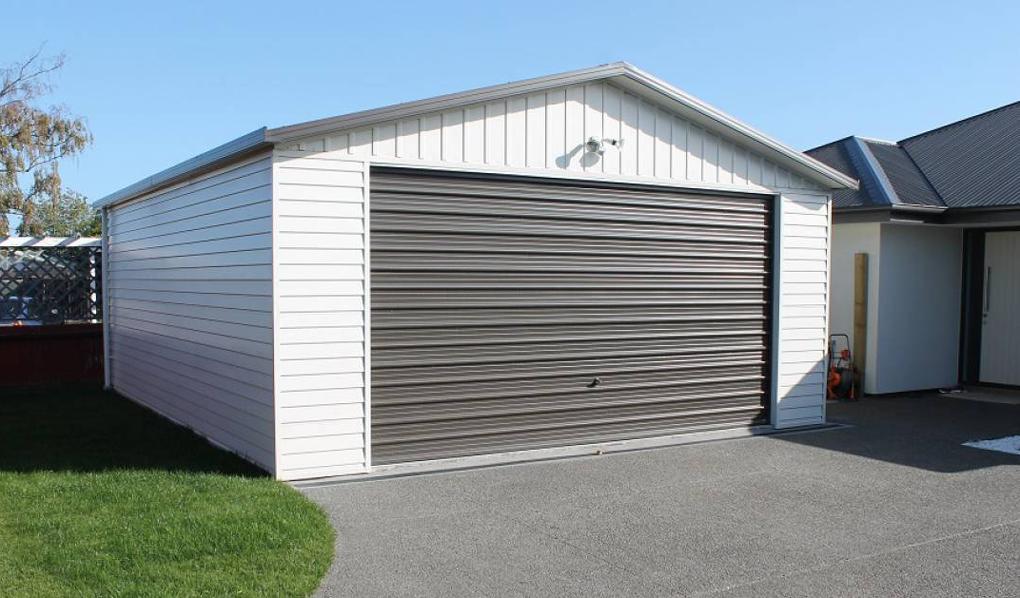 construire garaj pe structura metalica