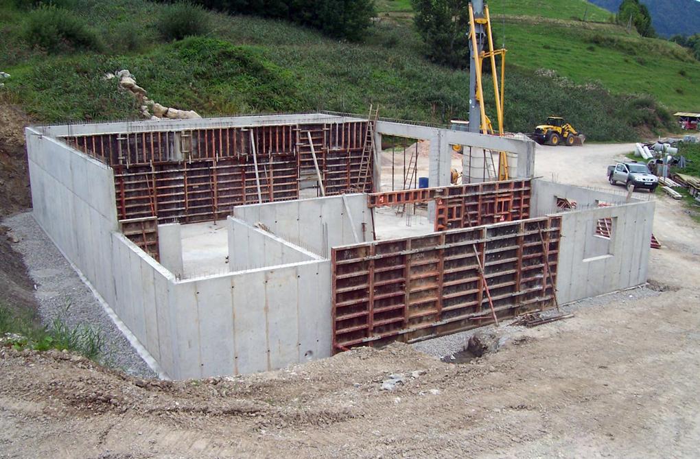 zidarie cu placi din beton armat