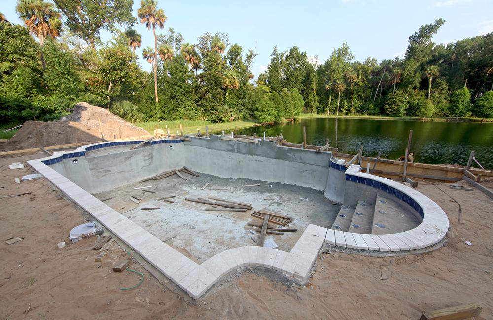 constructii piscine beton