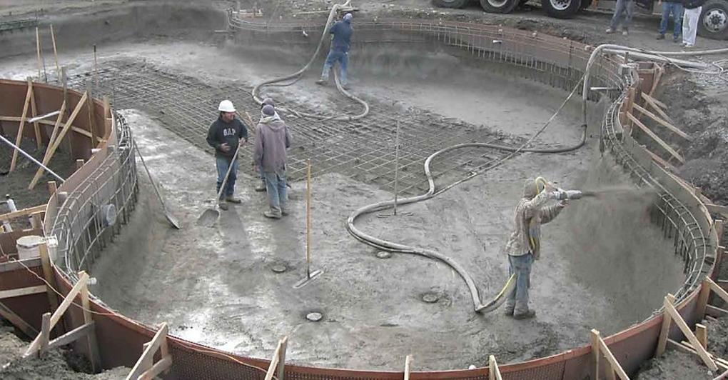 construire piscina din beton torcretat