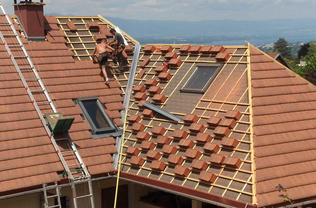 montaj tigla pe acoperis forma de L