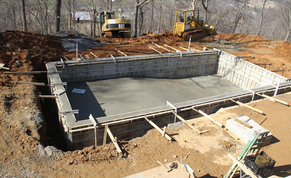 turnare beton piscina