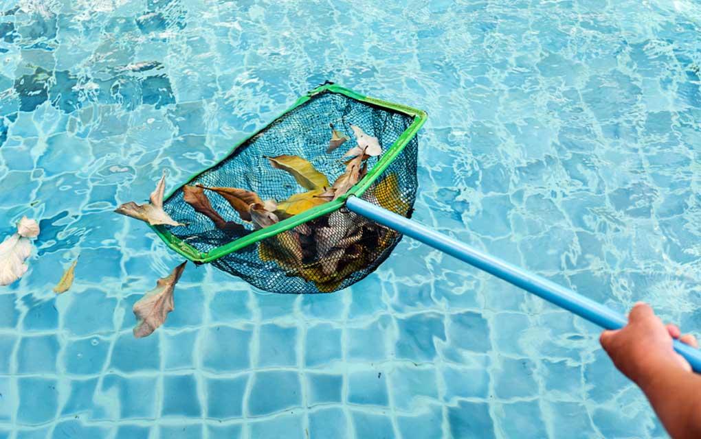 intretinerea piscinei prin curatare
