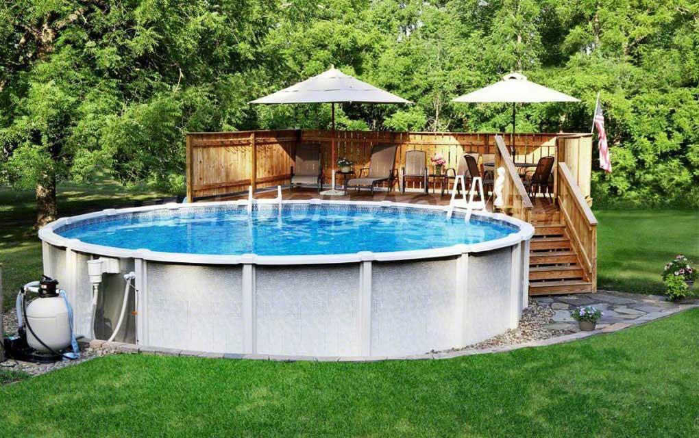 piscina supraterana in curte