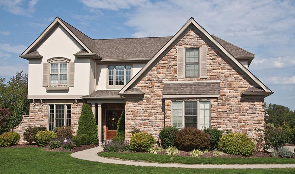 fatada casa din piatra naturala