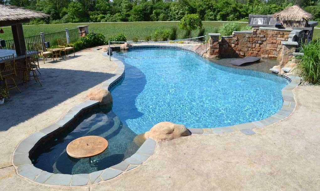 piscina exterioara incalzita