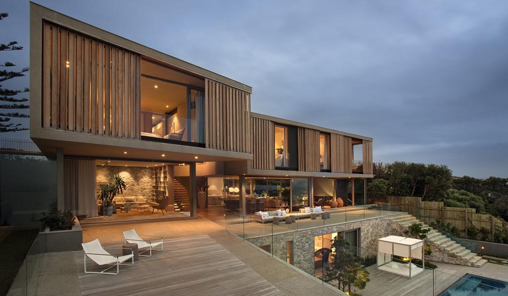 placare fatada casa cu lemn