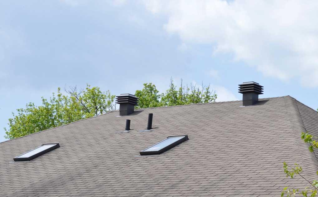 ventilatie pod prin acoperis in mod natural